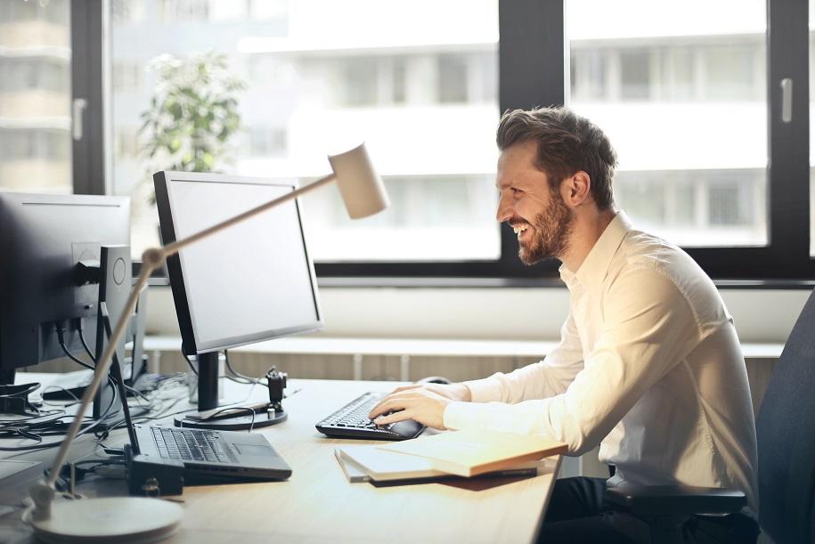 Office Worker - Ultradiam Rhythms Productivity Lauren PArsons